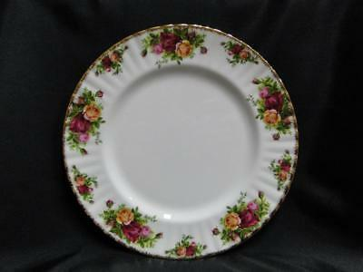 Royal Albert Old Country Roses, England, Yellow, Red: Dinner Plate (s), 10 3/8""