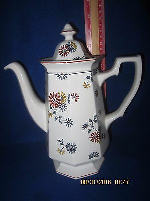 Adams Vermont Coffee Pot and Lid
