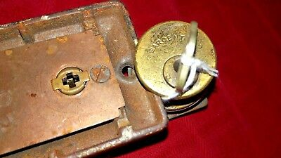 Sargent Night Latch With Key