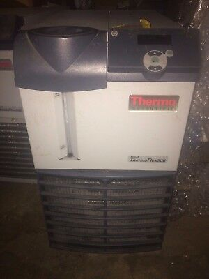 Thermo Fisher Scientific NESLAB ThermoFlex 900 Chiller