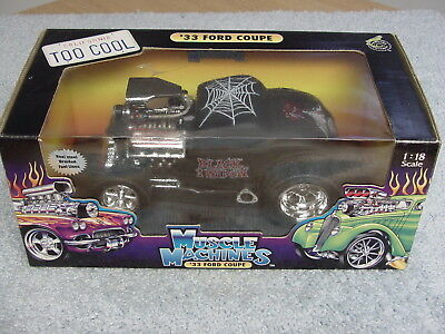 Funline Muscle Machines  1/18 1933 Ford Coupe Black Widow Car