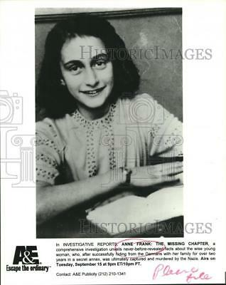 """1998 Press Photo Anne Frank, """"Anne Frank: The Missing Chapter"""" - nop25259"""