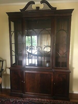 Stickley Classic Mahogany Collection Dining Room Set