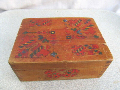 Old Primitive Vintage Wooden Hand Painted Interesting Model Box