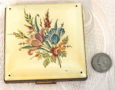 Large Vtg 1940's powder compact REX fifth Avenue lucite top needlepoint vanity