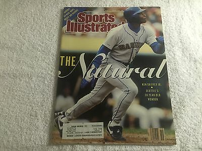 Sports Illustrated Magazine May 7, 1990 - The Natural - Ken Griffey Jr. on Cover