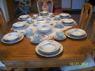 Wawel Porcelain China Antique Pompadour 3 Rose Pattern 44 Piece Made In Poland