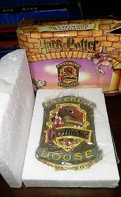 Gryffindor House Wall Plaque - Harry Potter * Enesco *
