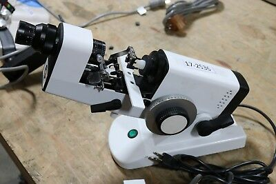 Luxvision Manual Lensometer - LM-190P Ophthalmic Equipment