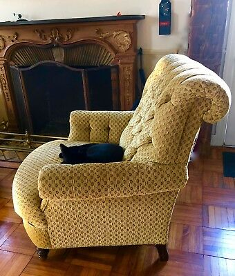 Pair Antique Napoleon III French Scrollback Tufted Gold Velvet Brocade Armchairs