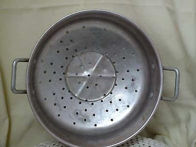 Vintage/Retro Anodised Kitchen Colander.