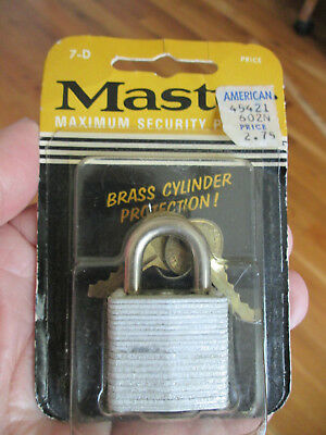 Vintage MASTER Padlock No 7-D Made By The Master Lock Co Unopened - 2 Keys