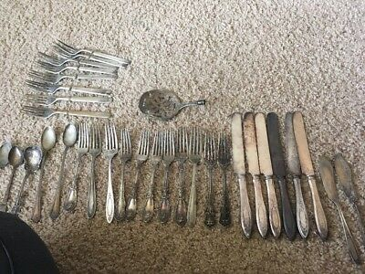 Rogers Oneida Vintage Silver Plate Lot Forks Spoons Knives 33pcs