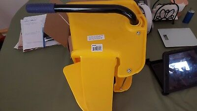 NEW  Replacement Mop Bucket Wringer for Commercial Janitorial Mop Buckets