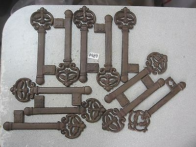 (11) Vintage Style Skeleton Key Cast lron Medieval Wall Plaque Decor Brown