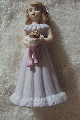 ENESCO 1981 GROWING UP BIRTHDAY GIRL FIGURINE AGE 8 - BLONDE PORCELAIN no box$$$