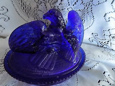 Beautiful Vintage Eagle on a Cobalt Blue Nest Art Glass Candy Dish with Lid