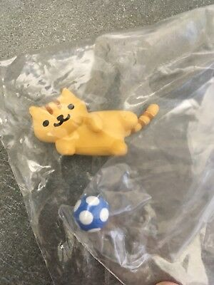 Fred with Soccer Ball Neko Atsume Kitty Collector Blind Box Series 3 Figure