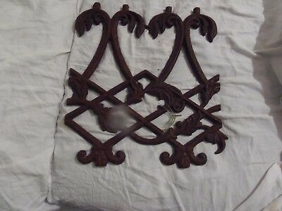 vintage salvage ornate cast iron fence fragment
