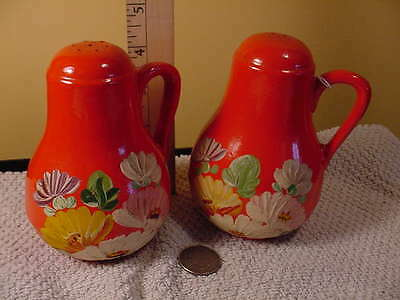 Vintage Stoneware Uhl Pottery Ransburg Decorated Salt and Pepper Set
