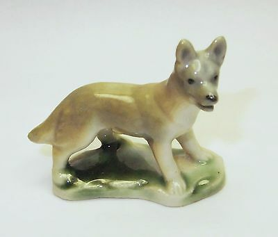 "Wade Porcelain Figurines-First Whimsies-""alsatian""--1953-61-""-Set 7--1957-59"