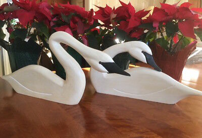 Pair of Vintage Boyds Collection LARGE Wood Swans. Signed by: J Dudley **Rare**