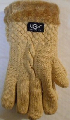 UGG Ladies winter gloves - one size fits all- beige - last one - new