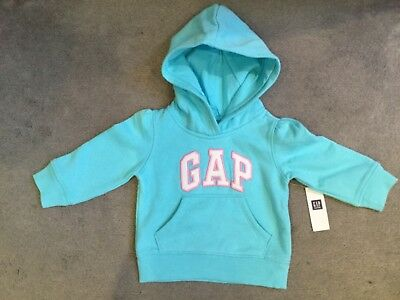 GAP - BLUE HOODIE WITH LOGO ACROSS FRONT IN WHITE WITH PINK TRIM - AGE 3y - BNWT