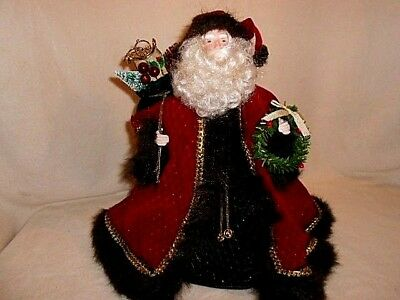 Beautifully Detailed Friendly Faced Santa Claus Table Tree Topper 20 ins. tall
