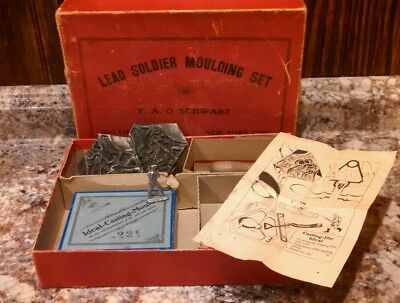 Vintage toy lead Soldier molding set F.A.O. Schwarz