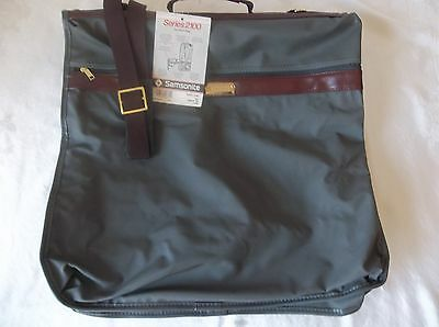 "Samsonite Grey  Garment Bag, Carry-On Black Vinyl 44"" x 21"" New Series 2100 1987"