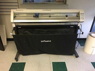 Roland CAMM-1 Pro GX-500 plot / cutter working w/ material take up