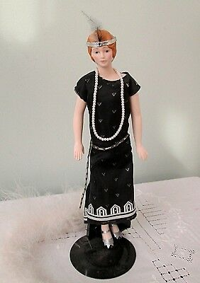 "Vintage 1989 Avon Porcelain Flapper Doll 8.5"" w/ stand Feather Boa"