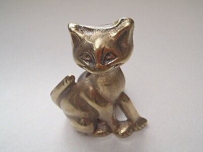 A Classic Vintage / Antique Cast Brass Grinning Cat Poker Stand Made In England