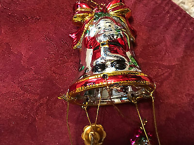 Vintage Avon Christmas Holiday Shimmering Bell Ornament with chimes 1998