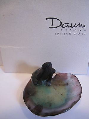 DAUM FRANCE PATE DE VERRE SMALL FROG ON LILY PAD  , Signed