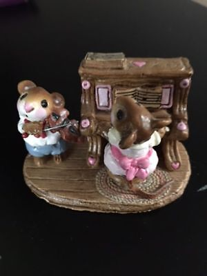 "Wee Forest Folk ""Mouse Duet"" M-29 Retired 1982"