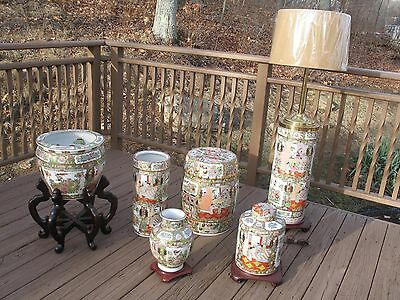 6 piece set collection of Famille Rose Medallion Chinese Oriental vases and lamp