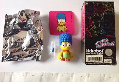 Marge Complete w/ Lipstick Kidrobot: The Simpsons, Series 1, 3-Inch Vinyl Art
