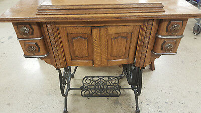 ANTIQUE Treadle Domestic Singer White SEWING CABINET AUTO LIFT TABLE Restored