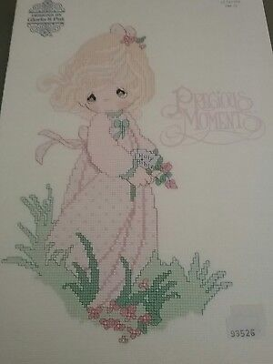 PRECIOUS MOMENTS  Cross stitch patterns booklet