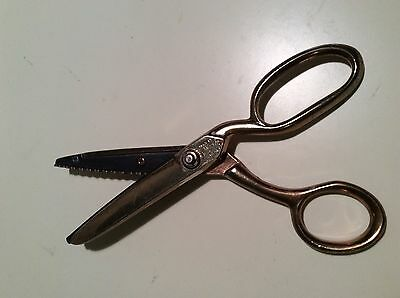 Vintage Richards of Sheffield Golden Age Pinkers Pinking Shears/Scissors