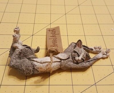 Country Artists Enesco A Breed Apart Snoozz Mini Grey White Cat Figurine Snooze
