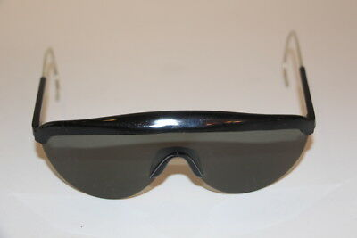 U.S. Military Vintage Sun Glasses With Case MIL-S-475D Rochester Optical 1974