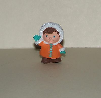 Hallmark Merry Miniature 1993 Eskimo Child
