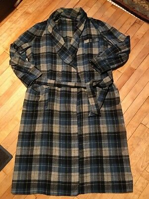 PENDLETON Blue Gray Shadow PLAID 100% WOOL ROBE 1950 Vintage Craft Cutter holes