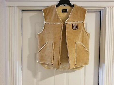 Vintage International Harvester men's size large vest