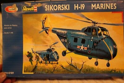Lodela Revell Sikorski H-19 Marines 1:48 Model Helicopter Kit #RH-0181