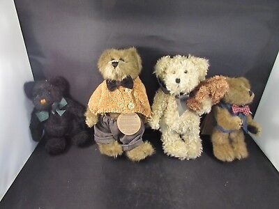 Boyds Bears Plush Bears Lot of 4  Bearwear