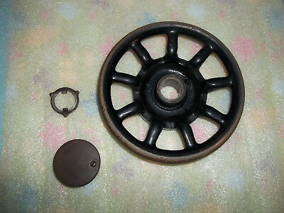 Singer 127 Sewing Machine Spoked Hand Balance Wheel - from 1913 - Rusty
